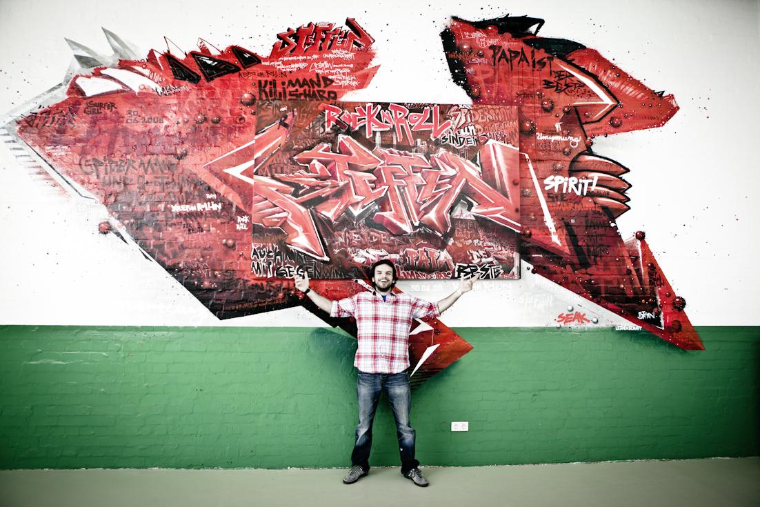 Mehr geht nicht! The World is Yours. Steffen Henssler vor seinem SEAK Bild